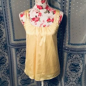 💛WASHED NOT WORN NWOT NY&CO CRISS CROSS BACK TOP
